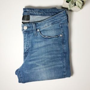 Mossimo denim mid-rise skinny jeans.